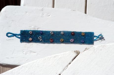 bracelet-lr.jpg